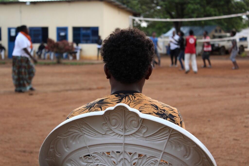 Un jeune réfugié dans le centre de transit de Gashora au Rwanda.