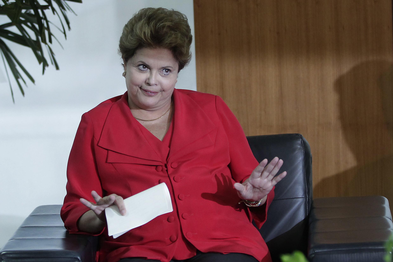 Dilma Rousseff chegou ontem em São Petesburgo, onde terá uma reunião com os demais membros do Brics.