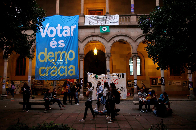Mobilização estudantil na Catalunha apoia referendo de independência