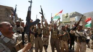 伊拉克庫爾德民兵從伊斯蘭國手中奪回提克里特附近的地盤Sulaiman Pek,2014年9月1日。