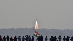 Tên lửa PSLV-C37 phóng thành công 104 vệ tinh ở Sriharikota, Ấn Độ ngày 15/02/2017.