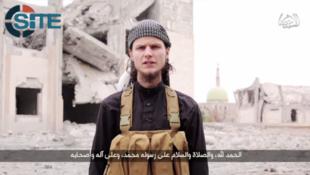 Dan kasar Canada John Maguire da ya yi kiran a kaddamar da hari a kasar bayan ya karbi musulunci a hannun Mayakan IS