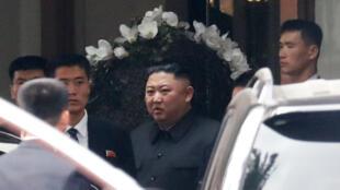 Lãnh đạo Bắc Triều Tiên Kim Jong Un rời khách sạn Melia, Hà Nội, ngày 01/03/2019.