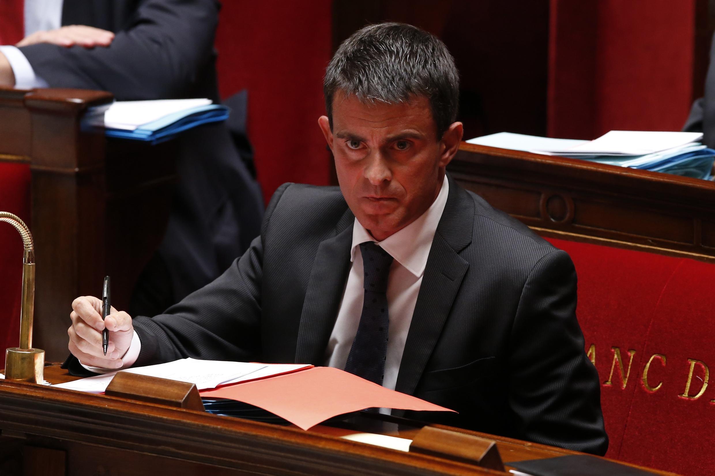 O primeiro-ministro francês, Manuel Valls, na Assembléia Nacional.