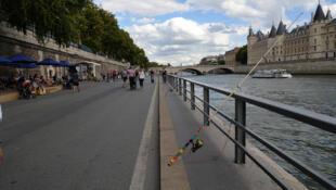 'Paris Plages' con poco ambiente, el pasado viernes 4 de agosto de 2017.