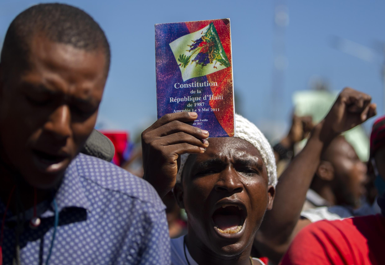 haiti-manifestation-constitution