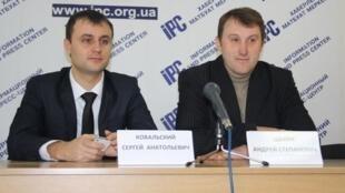 Активисты Евромайдан-Крым Сергей Ковальский и Андрей Щекун