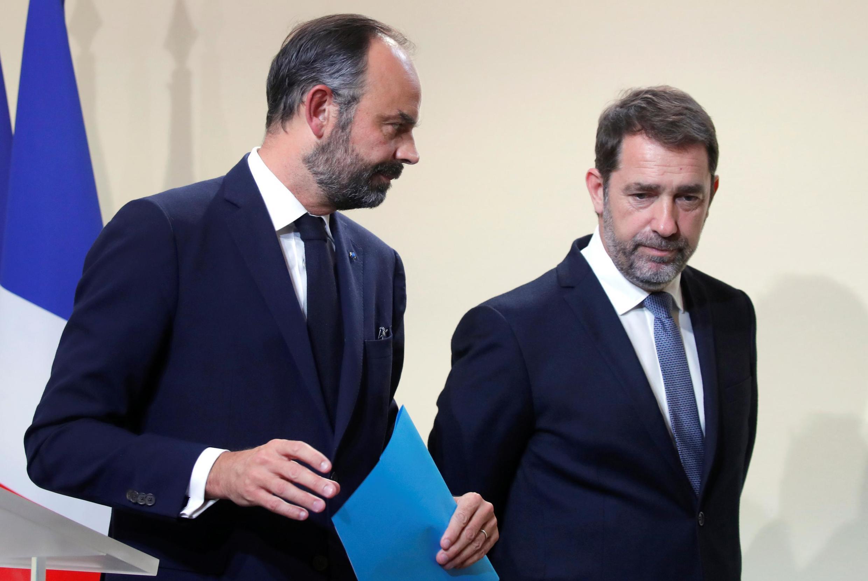 Le Premier ministre Édouard Philippe aux côtés du ministre de l'Intérieur Christophe Castaner (à droite) le 6 novembre 2019.