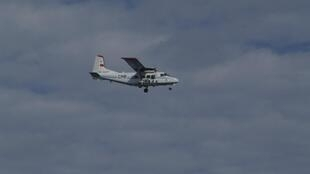 中国国家海洋局巡逻机2012年12月13日飞越中日有主权争议岛屿附近海域。