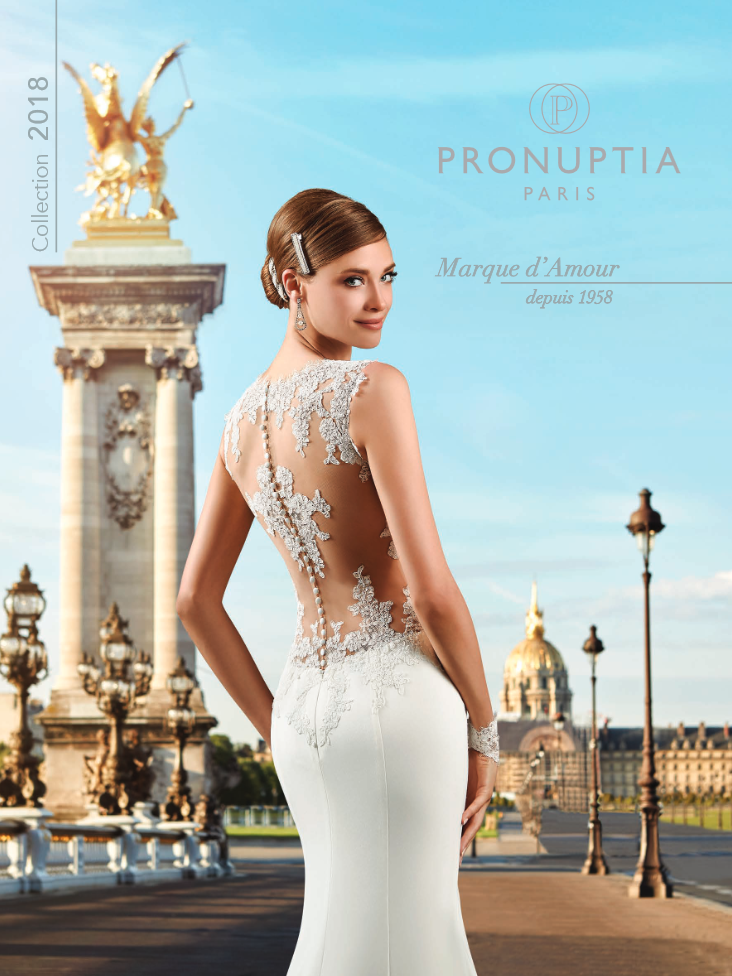 Pronuptia foi lançada em 1958 com modelos mais acessíveis de vestidos de noiva, na comparação com os feitos sob medida com um costureiro.