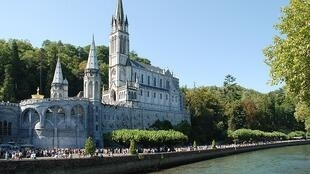 Basilica of our Lady of the Rosary in Lourdes