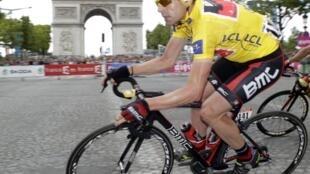 Tay đua người Úc ,Cadel Evans và chiến thắng lịch sử Tour de France