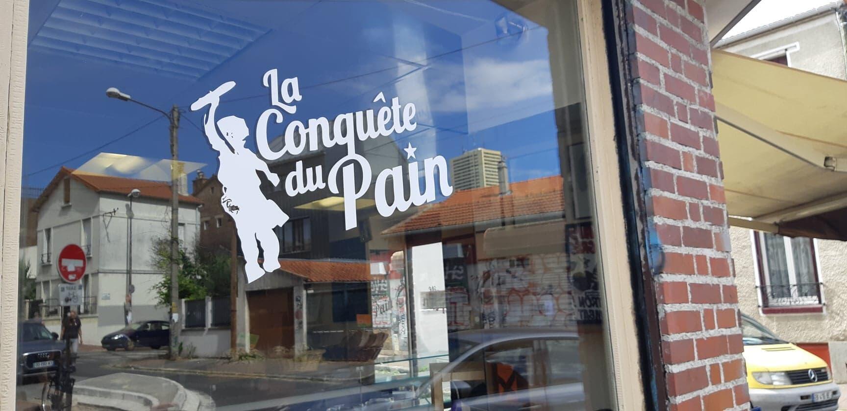 """Padaria anarco-comunista """"La Conquête du Pain"""", """"A Conquista do Pão"""", em Montreuil, nos arredores de Paris."""