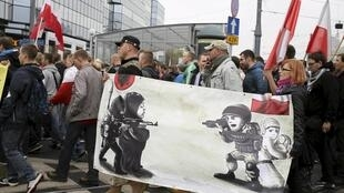 Акция протеста в Варшаве против плана ЕС по приему сирийских беженцев