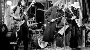 گروه جتروتال - صدای فلوت یان آندرسون یکی از افسانههای دنیای راک شد