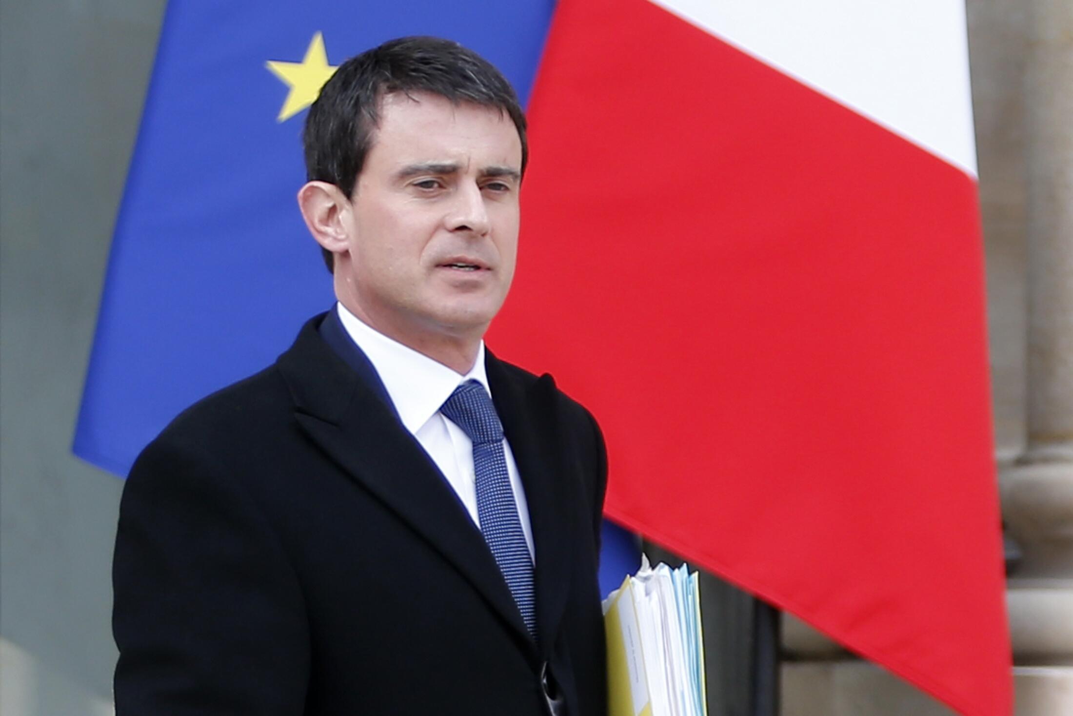 O primeiro-ministro Manuel Valls é o chefe da nova equipe ministerial francesa.