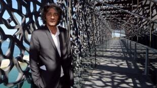Rudy Ricciotti, l'architecte français du Mucem, le 3 juin dans un passage du nouveau Musée des Civilisations de l'Europe et de la Méditerranée.