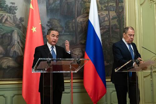 Wang Yi et Lavrov