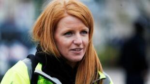 黄背心运动的领袖人物之一英格丽.勒瓦瑟Ingrid Levavasseur宣布领头参加欧洲议会选举