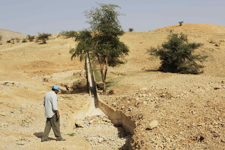 Os efeitos das mudanças climáticas podem acentuar a migração de pessoas por falta de água e produção de alimentos.