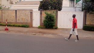 Casa da família francesa sequestrada, em Yaundé, capital de Camarões.