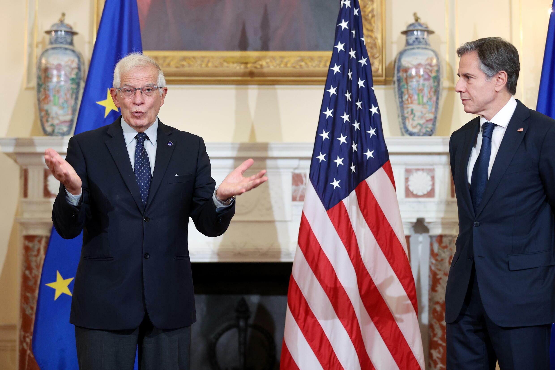 歐盟外交與安全政策高級代表博雷利與美國國務卿布林肯資料圖片