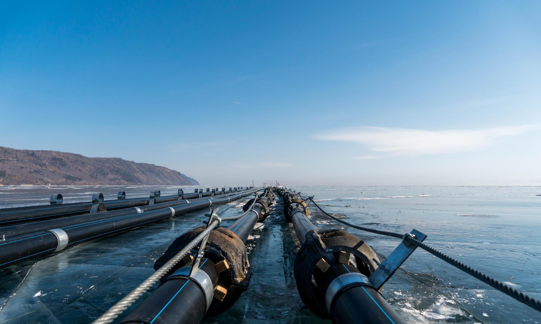 Трубопровод в районе поселка Култук, построенный «Аквасибом»