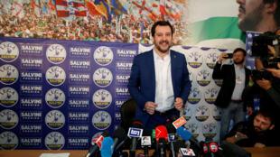 Chủ tịch đảng cực hữu Liên Đoàn Phương Bắc Matteo Salvini trong cuộc họp báo tại Milano, ngày 05/03/2018.