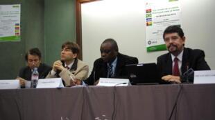 Congresso internacional em Paris discute importância da língua portuguesa