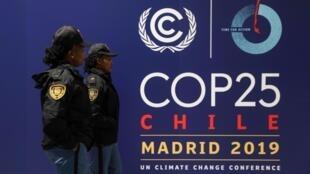 Cartel anunciando la COP25 en la Gran Vía en Madrid.