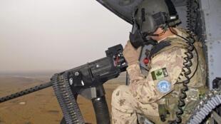 Un soldat canadien de la Minusma en patrouille lors d'un exercice à Gao (Mali) le 31 juillet 2018.