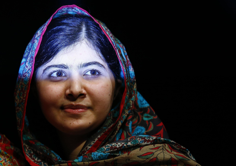 Msichana na mwanaharakati wa elimu na mshindi wa tuzo la Nobel, Malala Yousafzai.
