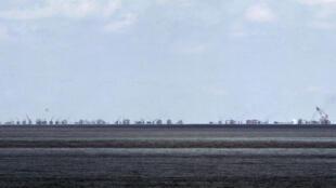 Khu vực gần bãi đá Xu Bi - Subi Reef.