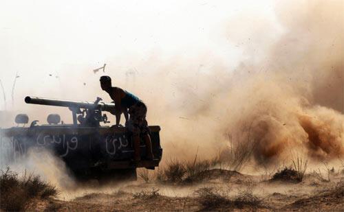 Anti-Kadhafi forces attack Sirte