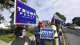 Des partisans du président américain Donald Trump à Saint-Joseph, dans le Michigan, le 20 octobre 2020.