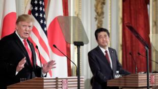 Le président américain Donald Trump, lors d'une conférence de presse conjointe avec le Premier ministre japonais Shinzo Abe, à Tokyo, le 27 mai 2019.