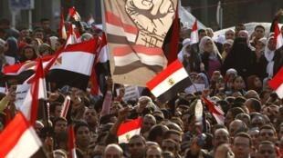 La place Tahrir, épicentre de la révolte au Caire. La mobilisation ne  montre aucun signe d'essoufflement, le 8 février 2011.
