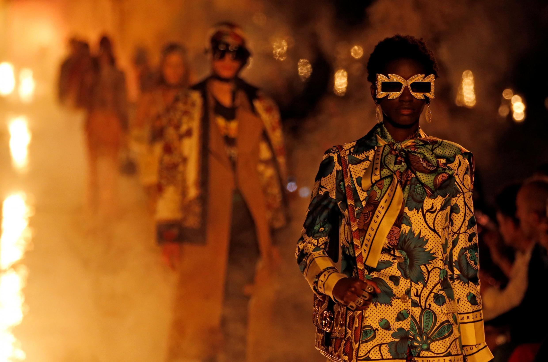 Desfile croisière 2019 da Gucci, uma das marcas mais populares do momento