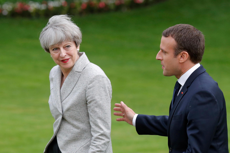 Тереза Мэй и Эмманюэль Макрон, Париж, 13 июня 2017.