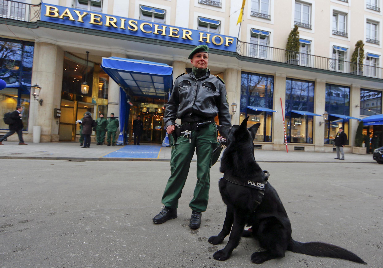 Sob forte esquema de segurança, começa nesta sexta-feira,(6) e se prolonga até domingo, a 51ª edição da Conferência de Segurança de Munique, na Alemanha.