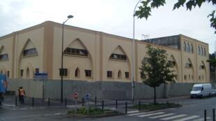 The Al Iihsan mosque in Aegenteuil