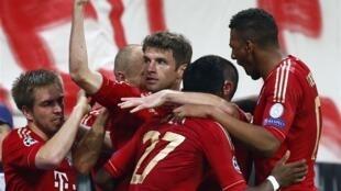 Le Bayern Munich a largement battu le FC Barcelone en demi-finale aller de la Ligue des Champions, le 24 avril 2013.