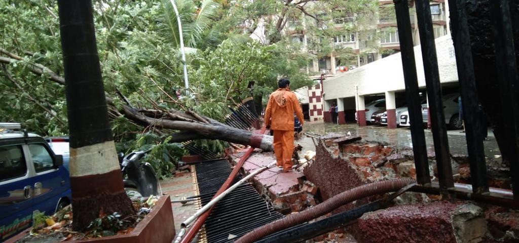 2020-06-03 india weather cyclone Nisarga