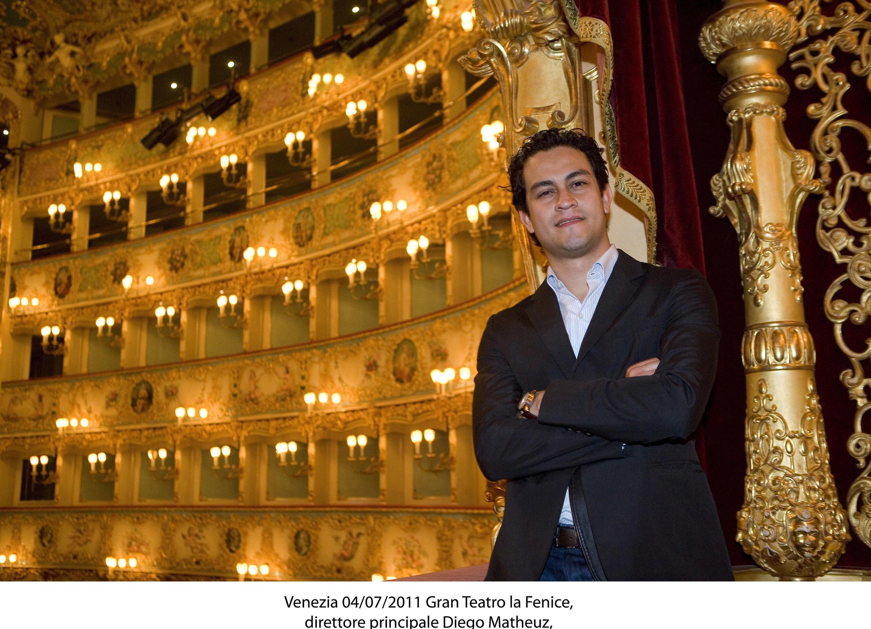 Diego Matheuz en el Teatro La Fenice.