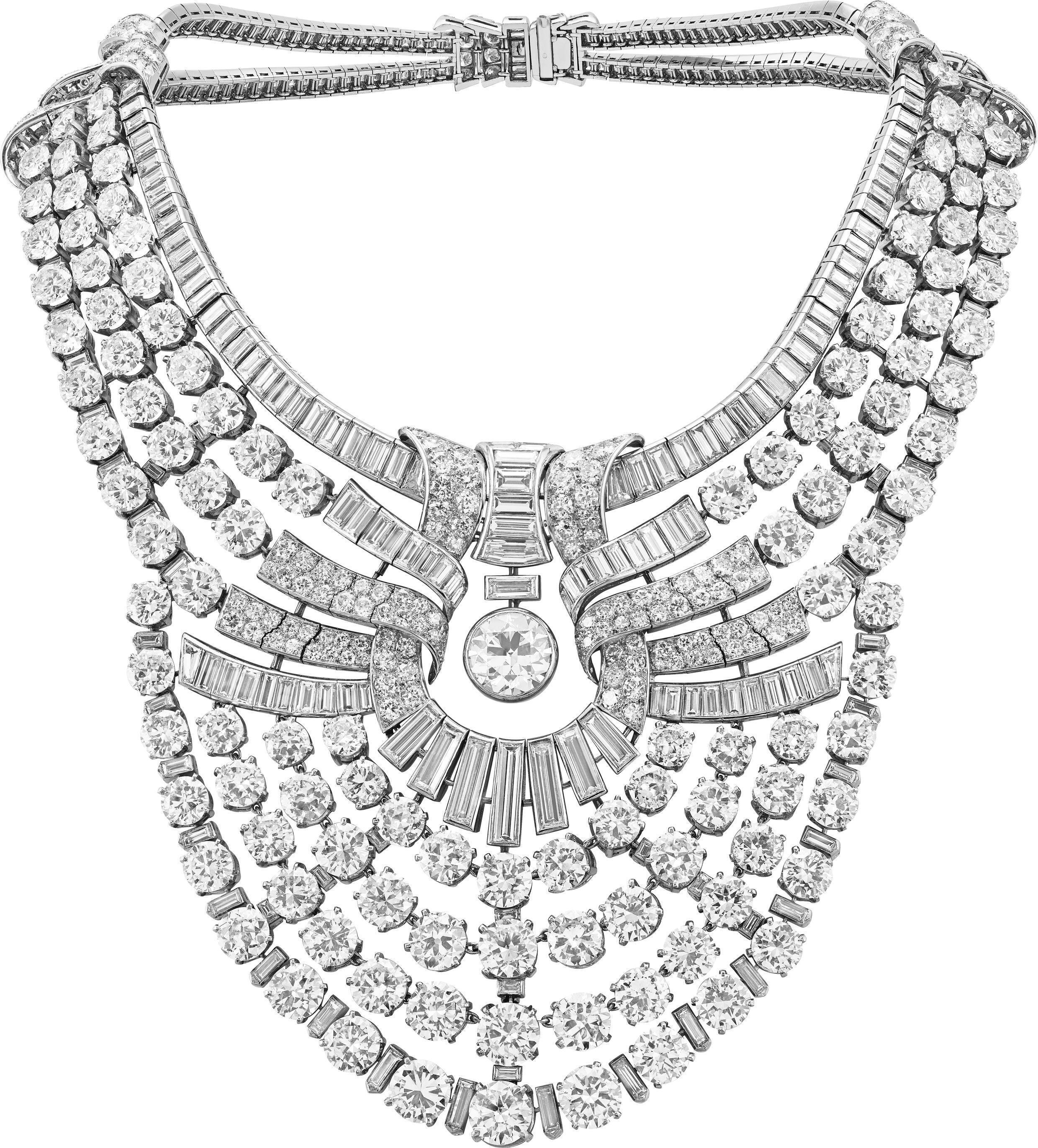 Colar para a rainha Nazli, do Egito, elaborado em 1939, com 673 diamantes.
