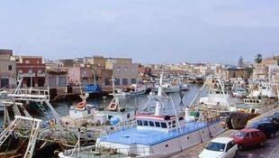 Bateaux de pêche dans le port de Mazara del Vallo.
