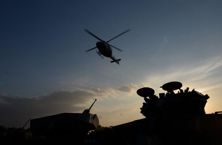 菲總統杜特爾特出席菲律賓建軍121周年活動後乘直升機離開2018年3月20日馬尼拉