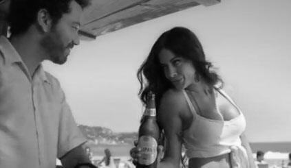 Propaganda de cerveja brasileira.