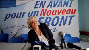 La présidente du FN Marine Le Pen en conférence de presse à Laon, le 18 février 2018.