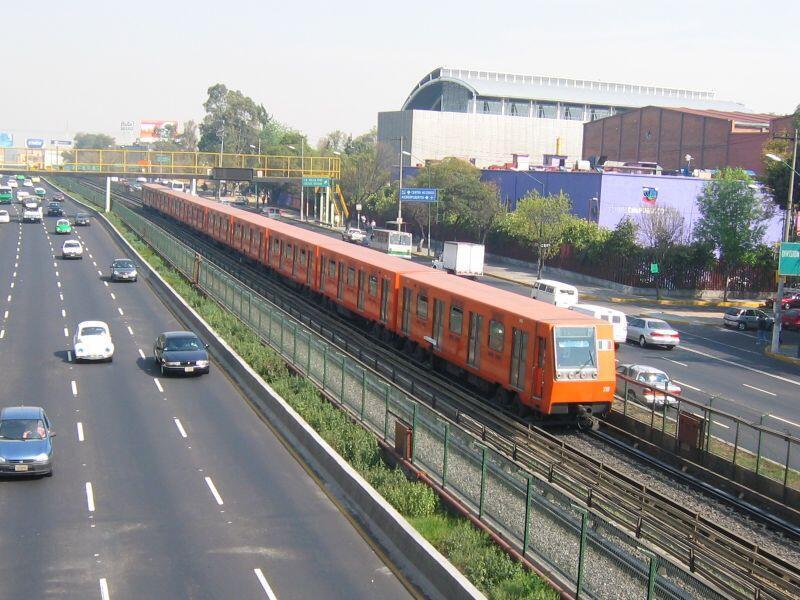 A Linea 2 Mexico City metro train near the General Anaya station on Calzada de Tlalpan